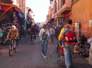viajes beagle viaje ninos marrakech