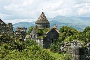 viajes beagle amenia monasterio sanahin