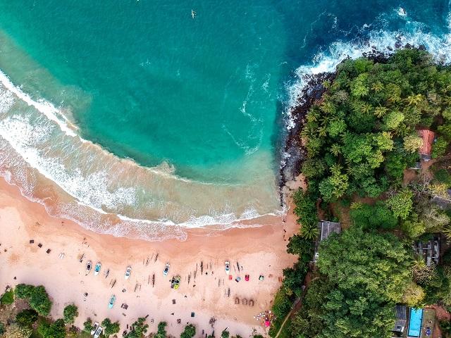 Viajar a Sri Lanka a la playa